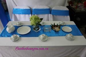 Cho thuê bàn ghế, bàn ghế đám cưới, bàn ghế xuân hòa nơ váy, bàn ghế đẹp