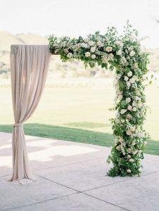 cổng hoa lụa kết hợp