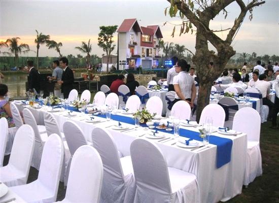 bàn ghế đám cưới, cho thuê bàn ghế, bàn xuân hòa ghế banquet, bàn ghế sang trọng