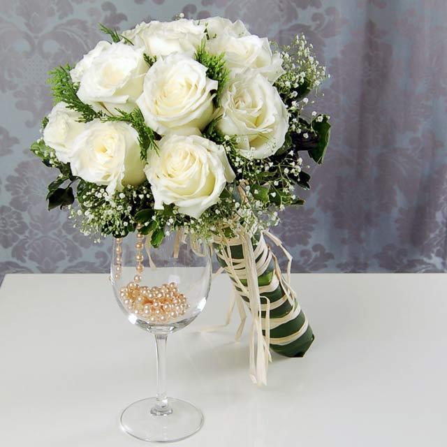 Hoa tay cô dâu 7