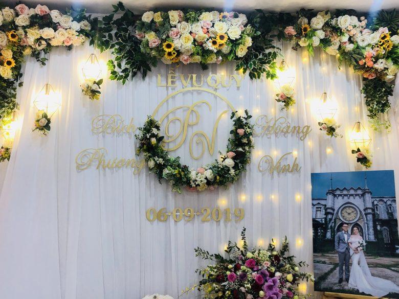 Những mẫu phông cưới mới nhất và sáng tạo nhất luôn được Dịch vụ cưới hỏi trọn gói Hoàng Vũ trau dồi và tư vấn cho quý khách hàng.